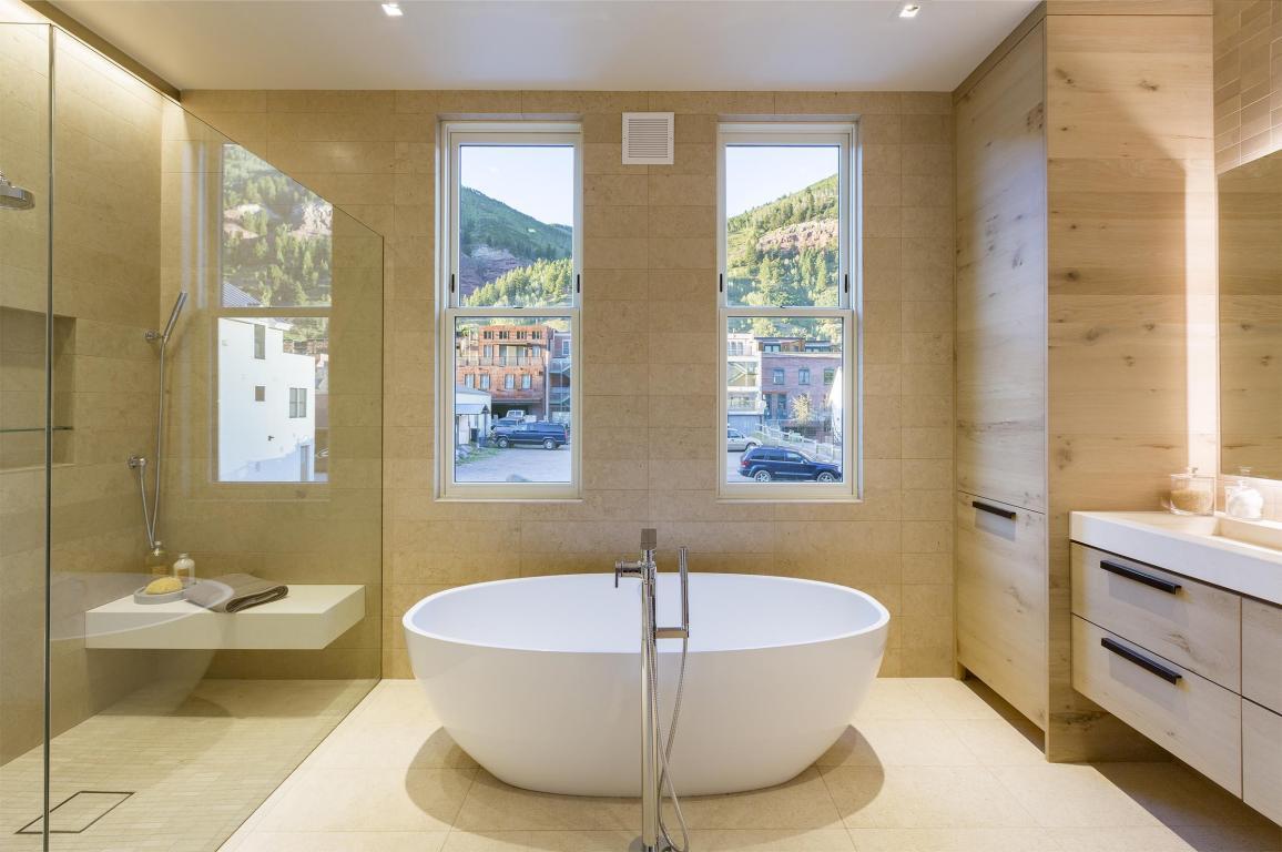 2018 Bathroom Trends | Real Estate | Telluride Properties