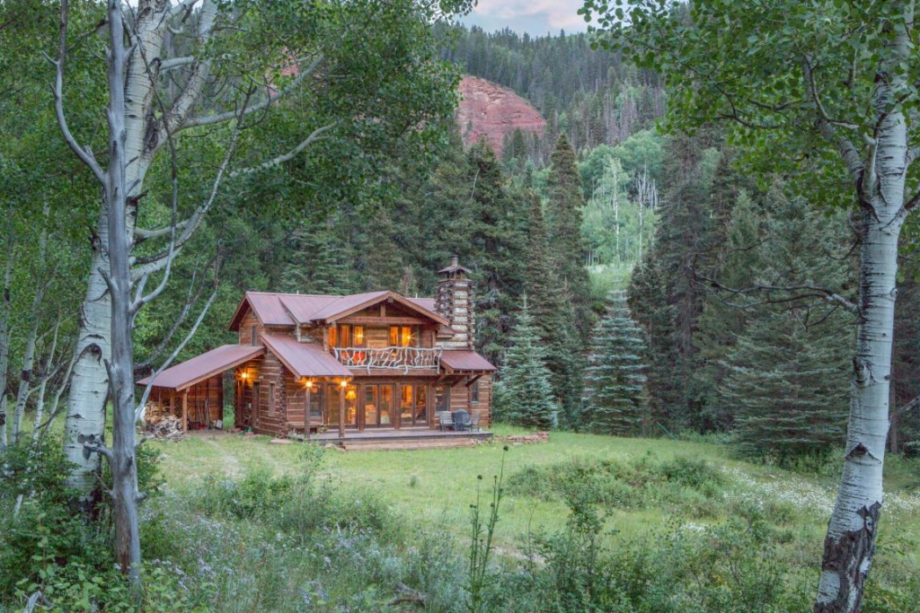 Telluride Properties Casual T Ranch